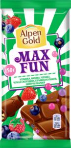 Шоколад молочный Max Fun(Макс Фан) Клубника, малина, черника, черная смородина, взрывная карамель, шипучие шарики ТМ Alpen Gold (Альпен Голд)